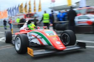Schumacher csapata jönne a Forma-1-be?