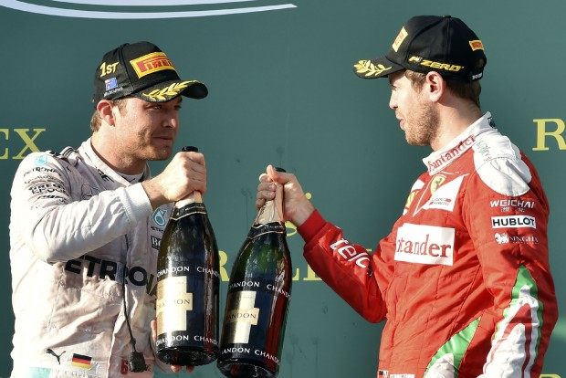 Vettel: Csak ne kezdjen flörtölni velem Rosberg