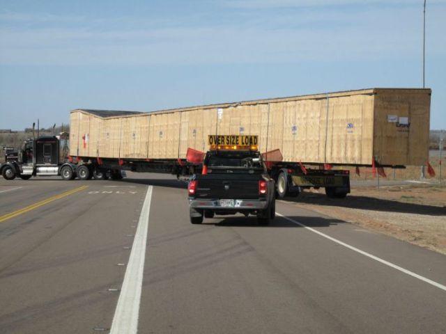 supersized_truck_loads_640_04