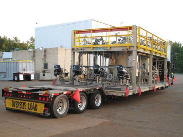 supersized_truck_loads_640_21