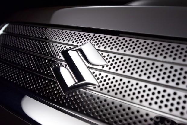 Tucatnyi új modellel jön a Suzuki