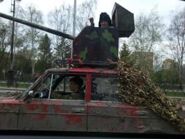 Sosem látott tákolmány csapta az orosz utakon