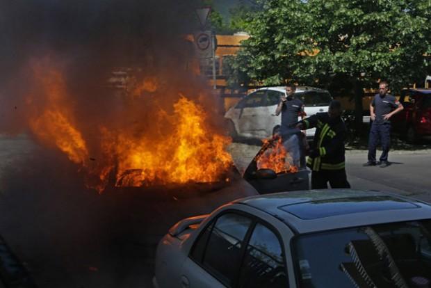 Valakinek porrá égett az autója Budapesten
