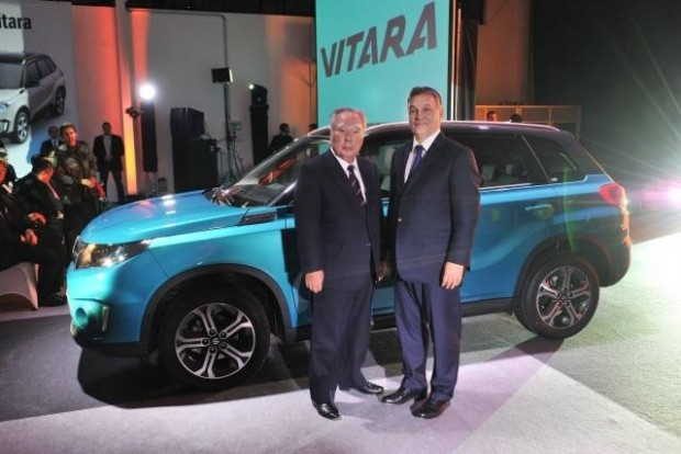 Osamu Suzuki és Orbán Viktor indították el az új Vitara gyártását