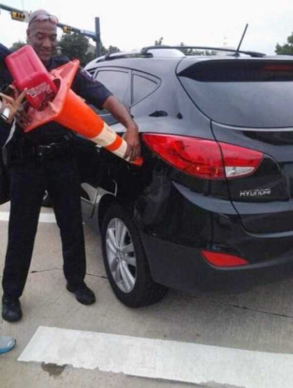 weird-people-at-gas-stations-7
