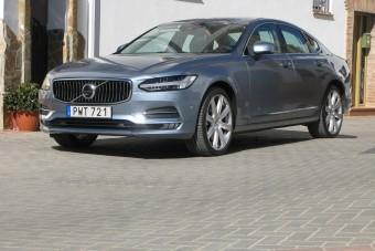 Levegővel gyorsít az új Volvo S90