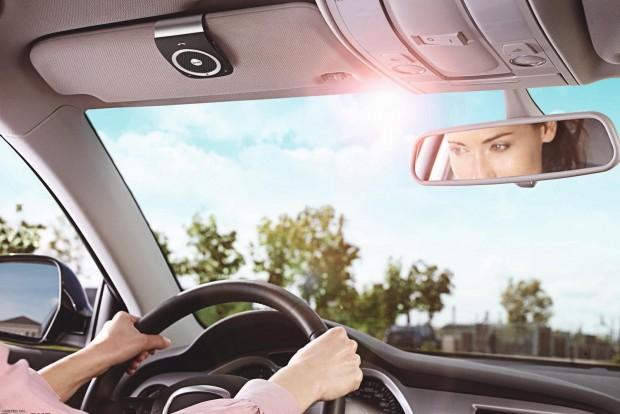 A magyar sofőrök négyötöde telefonál vezetés közben