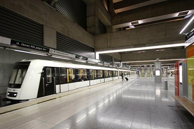 Nagy dolog történt a 4-es metrón