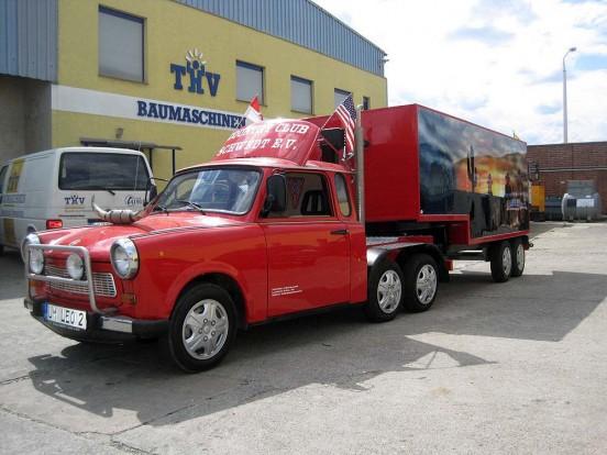 Nem vicc: 2,2 millióért eladó egy Trabant kamion