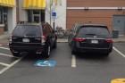 Tele a magyar Facebook bunkó parkolókkal