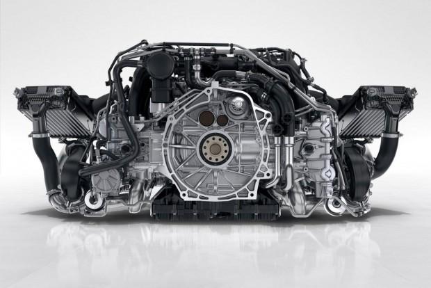 Az év motorja 2.5-3.0 liter között Éljenek a sportautók: a Porsche 911 turbósított hathengerese, a BMW M3 sorhatosa és annak szelídebb kiadása (35i / 40i) állhatott a dobogóra