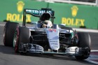 F1: Hamilton máris sír a rádiótilalom miatt