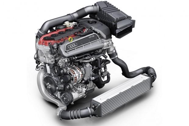 Az év motorja 2.0-2.5 liter között Kevés karizmatikusabb motor van az öthengeres Audi-turbónál, meg is nyerte a kategóriát. A Porsche 2.5 turbós boxerje újdonságként a második helyre került, a Ford 2.3 Turbo a harmadik.