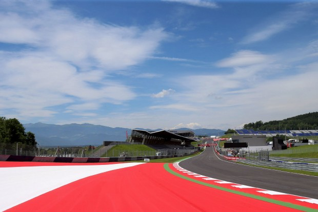 F1: Esős hétvége Ausztriában
