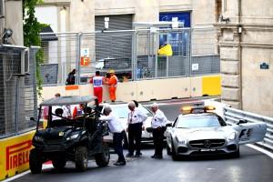F1: Gumigyilkos csavarok a bakui pályán