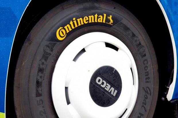 Continental_UEFA_01 (1)