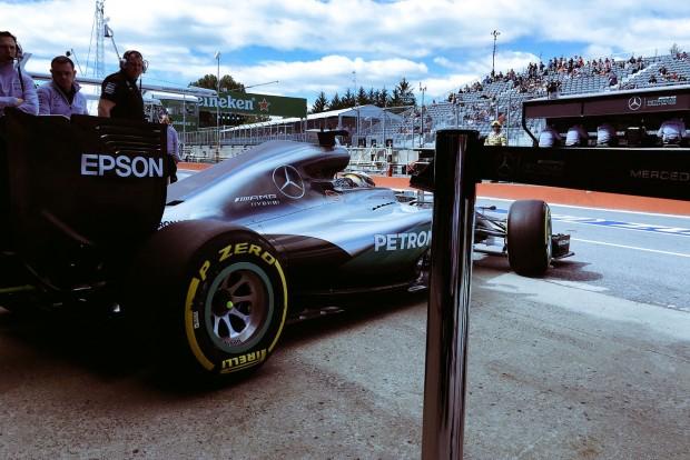 F1: Durva balesettel indult a hétvége