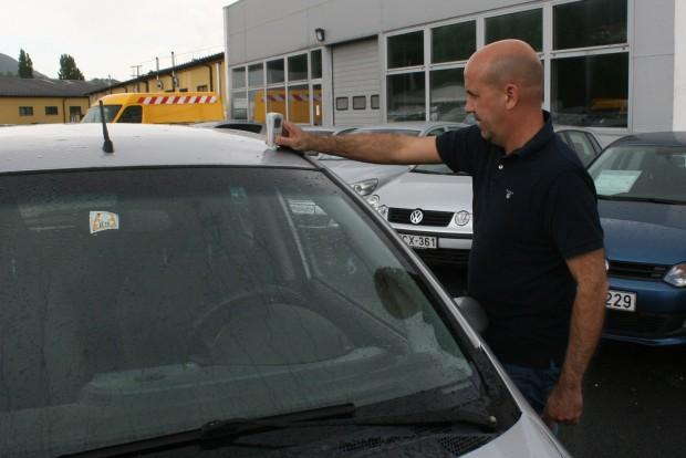 Poós Tamás, a Duna Autó Zrt. használtautó-értékesítési vezetője segített a hibák beárazásában