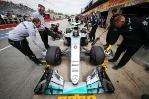 F1: A Mercedes csakis Rosberggel tárgyal