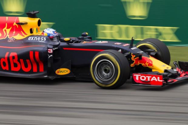 F1: A Red Bull Kanadában is győzelemre hajt