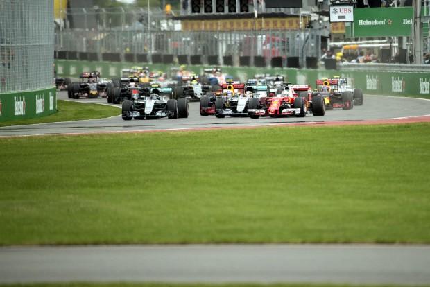 F1: Vettel hiába előzött, Hamilton nyert