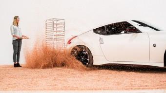 Így kell fánkot cukrozni Nissan 370Z-vel!