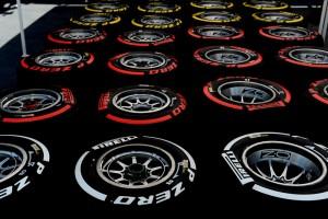 F1: A Ferrari bátran választott gumit Amerikára