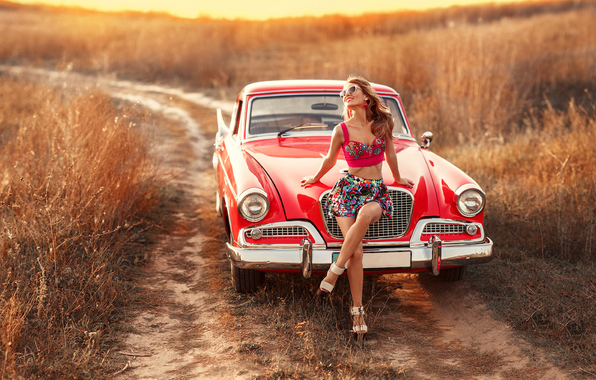 retro-irina-dzhul-field-car