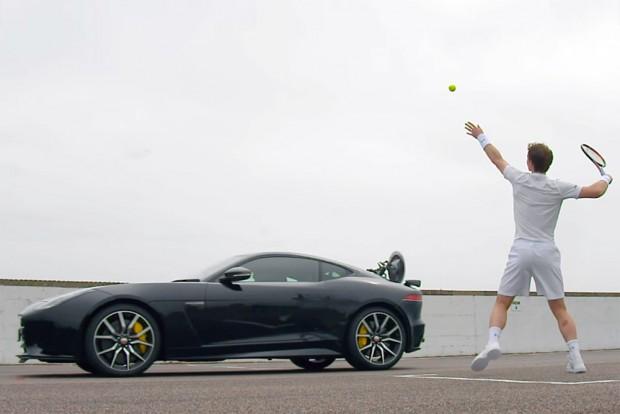 Jaguarral teniszezni nem jó móka