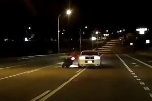 A Mustang sofőrje idegből gázolta le a motorost