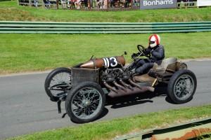 Így kel életre egy 110 éves mechanikus szörnyeteg
