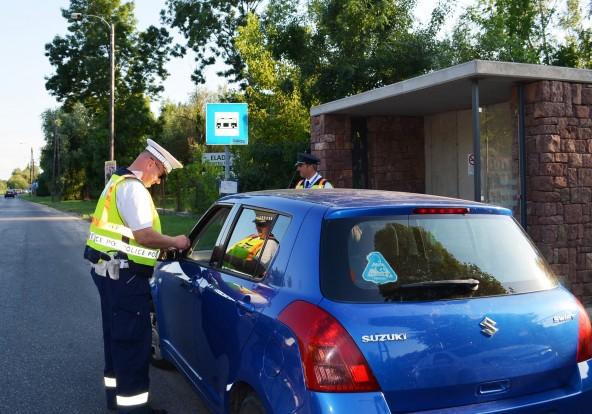 Rendőri razzia a Balatonnál