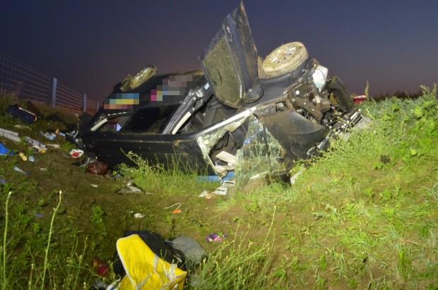 Megrázó képek a kilenc sérültes hajnali balesetről