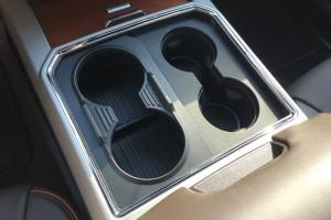 Extrém pohártartót fejlesztett a Ford