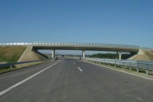 Máris visszavonták az M7-es autópálya bővítését