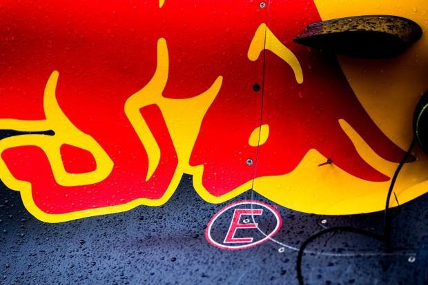 Red Bull: Jó gumiválasztás, rossz időzítés