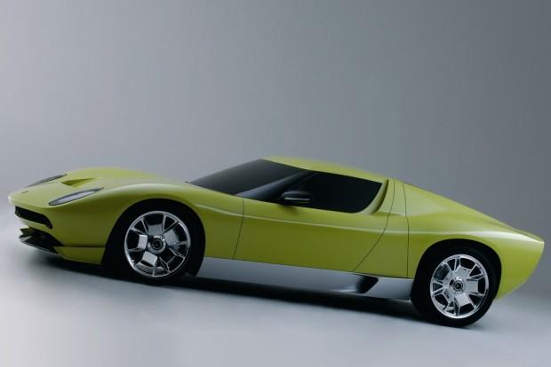 Családi modellként támadhat fel a Lamborghini Miura