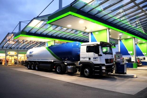 benzin-omvJÓ
