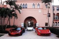 Minden autórajongó ilyen hotelben lakna