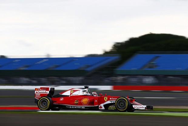 F1: Räikkönen az élre repítette a Ferrarit