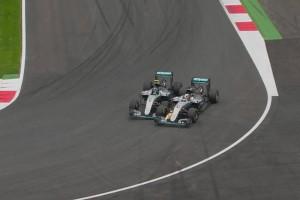 F1: Ebből a szögből Hamilton hibája volt