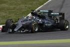F1: Így lökdösik egymást Hamiltonék