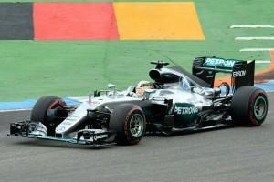 F1: Rosberg elszúrta, Hamilton megnyerte