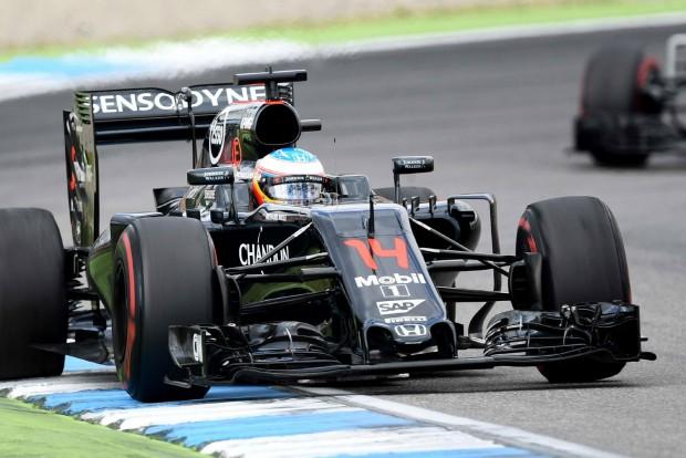 F1: Alonso nem bírta szuflával