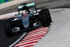 F1: Hamiltoné az első vér a Hungaroringen