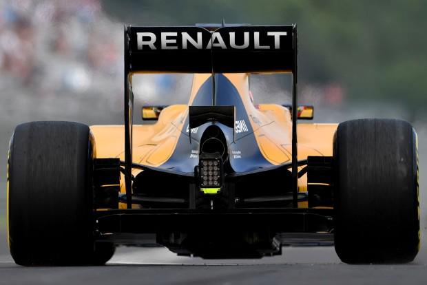 F1: A Renault idén már nem nyúl a motorhoz