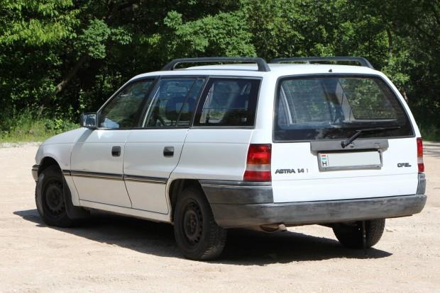 200 000 Ft alatt nem a típus számít, inkább a konkrét autó állapota és hogy volt-e gazdája, mint ennek a kombinak
