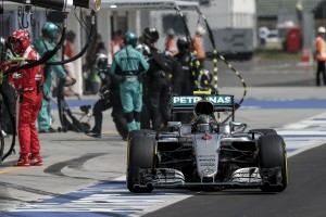 F1: Már ezt a rekordot is elvitte a Mercedes?