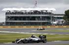F1: Hamilton az élen a hazai pályán