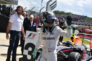 F1: Büntetés, Rosberget hátrasorolták